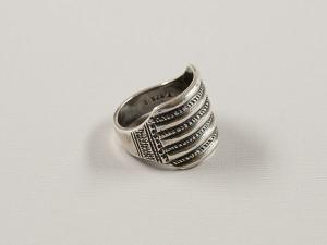 Stokkehoved-ring, sølv